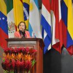 """Dra. Ana María Cetto: «Los países latinoamericanos deben """"subirse a la ola"""" del libre acceso»"""